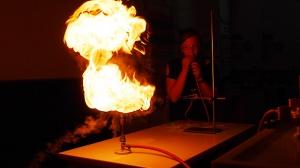 Faszinierendes Feuer – Feuerspucken in BNT